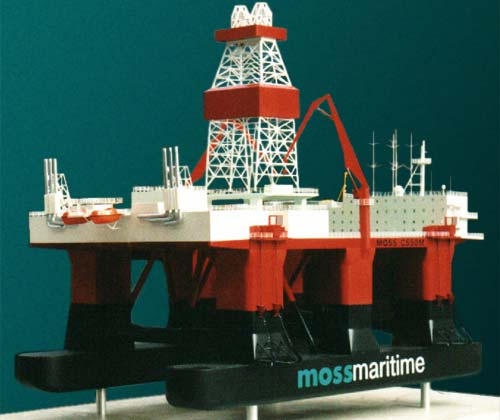 Scale model of offshore unit CS-50M, view on starboard